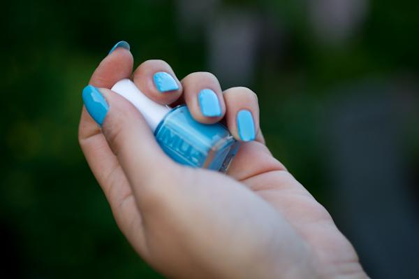 Mua - Blue Bold