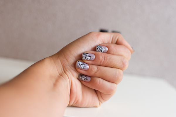 Feather Nails-4