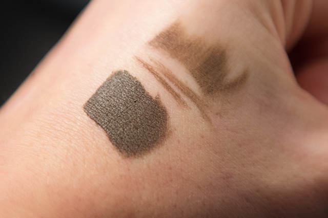 Anastasia Brow Dip Pomade Dark Brown swatch