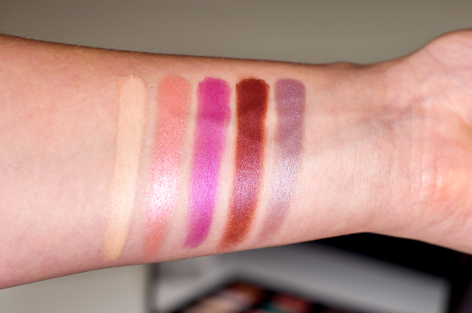 Vice 4 Urban Decay swatches