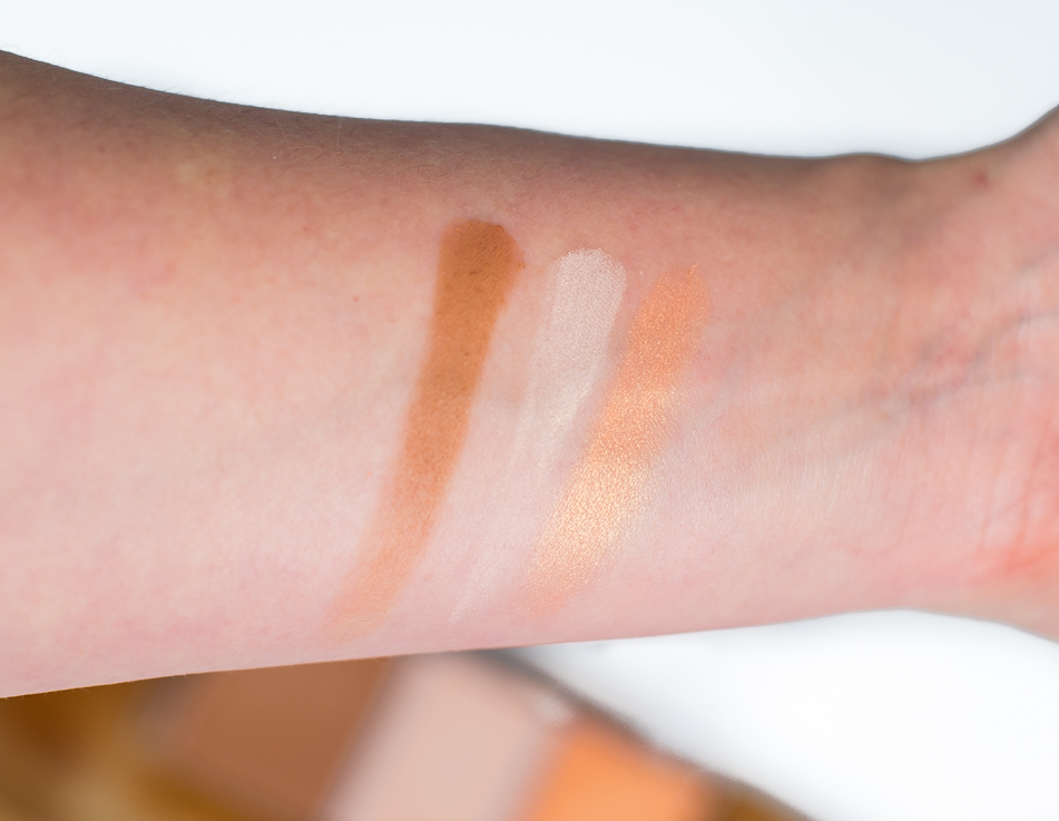 Shape Your Face Contouring Palette swatches